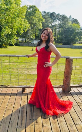 Sherri Hill Red Size 0 Plunge Train Cocktail Dress on Queenly