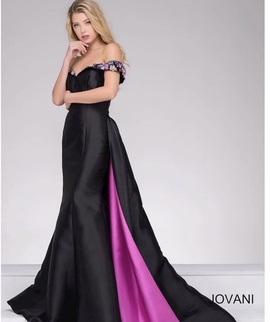 Jovani Black Size 0 Straight Jewelled Ball gown on Queenly