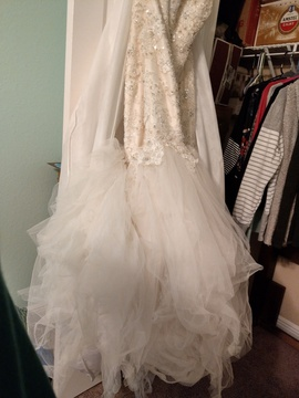 Maggie Sottero White Size 14 Train Lace Mermaid Dress on Queenly
