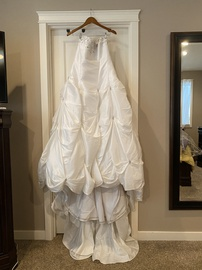 Queenly size 14  White Ball gown evening gown/formal dress