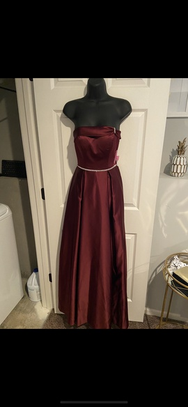 Queenly size 0  Red Straight evening gown/formal dress