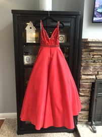 Sherri Hill Red Size 0 Plunge Pageant Short Height Ball gown on Queenly