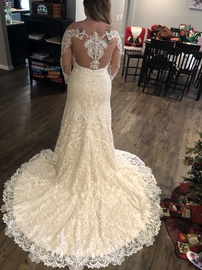 White Size 16 Mermaid Dress on Queenly
