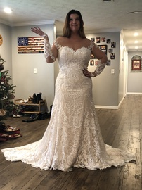 Queenly size 16  White Mermaid evening gown/formal dress