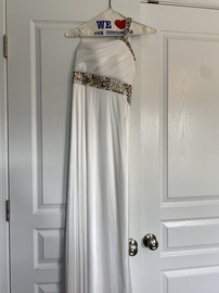 Queenly size 4 Sequin Hearts White Straight evening gown/formal dress