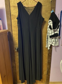 Black Size 20 Straight Dress on Queenly
