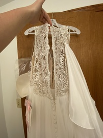 Mori Lee White Size 18 Backless Lace Train Dress on Queenly