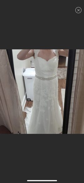 David's Bridal White Size 8 Belt Train Lace A-line Dress on Queenly