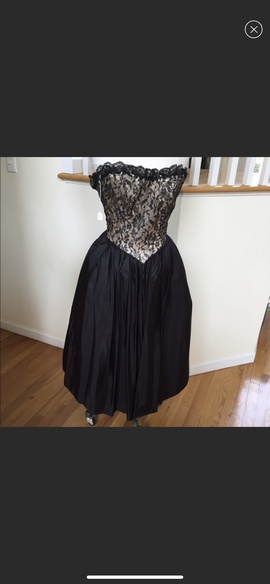 Gunne Sax Black Size 2 Homecoming Strapless Ball gown on Queenly