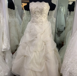 Oleg Cassini White Size 6 Strapless A-line Dress on Queenly