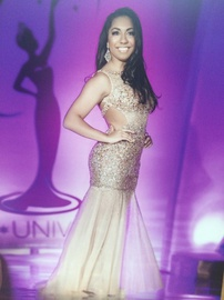 Queenly size 6 Jovani Gold Mermaid evening gown/formal dress