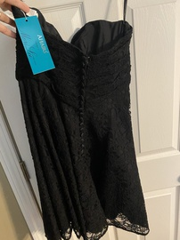 Black Size 12 Cocktail Dress on Queenly