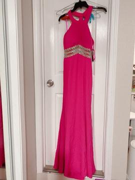 Decode Pink Size 4 Halter Mermaid Dress on Queenly