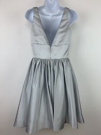Vienna Silver Size 2 Cocktail Dress on Queenly