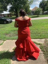 Red Size 16 Mermaid Dress on Queenly