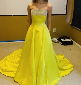 Queenly size 0 Jovani Yellow Ball gown evening gown/formal dress