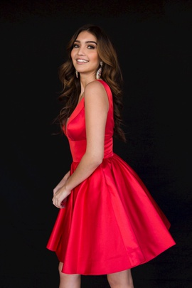 Style 6023 Vienna Red Size 4 Plunge Backless Cocktail Dress on Queenly