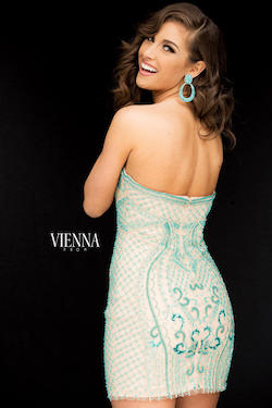 Style 6053 Vienna Green Size 0 Strapless Mini Cocktail Dress on Queenly