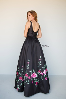 Style 7810 Vienna Black Size 14 Plunge Plus Size A-line Dress on Queenly