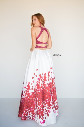Style 7811 Vienna Red Size 14 Tall Height A-line Dress on Queenly