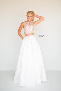 Style 7815 Vienna White Size 6 Pageant Tall Height A-line Dress on Queenly