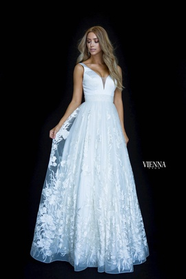Style 7820 Vienna White Size 4 Sheer Lace A-line Dress on Queenly