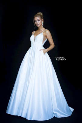 Style 7822 Vienna White Size 8 Backless Tall Height Ball gown on Queenly