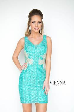 Queenly size 4 Vienna Green Cocktail evening gown/formal dress
