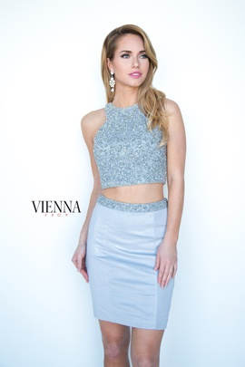 Style 6085 Vienna White Size 6 Halter Mini Two Piece Cocktail Dress on Queenly