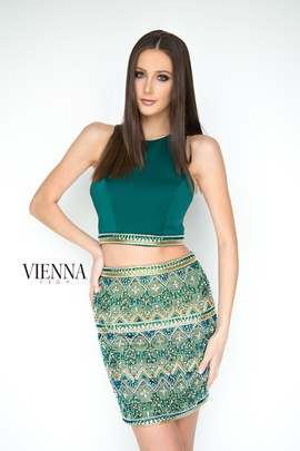 Style 6087 Vienna Green Size 6 Cocktail Dress on Queenly