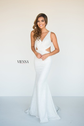 Style 8900 Vienna White Size 10 Tall Height Mermaid Dress on Queenly