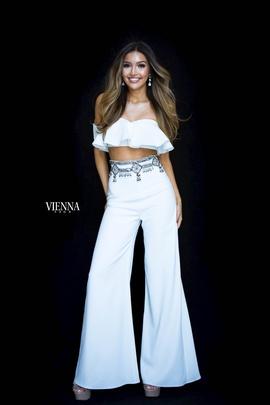 Queenly size 0 Vienna White Romper/Jumpsuit evening gown/formal dress