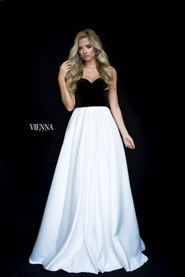 Style 7827 Vienna White Size 6 Prom Silk Sweetheart A-line Dress on Queenly