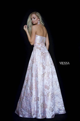 Style 7831 Vienna Light Pink Size 0 Keyhole Backless A-line Dress on Queenly