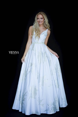 Queenly size 16 Vienna White A-line evening gown/formal dress
