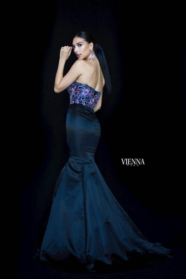 Style 82001 Vienna Black Size 4 Sweetheart Tall Height Mermaid Dress on Queenly