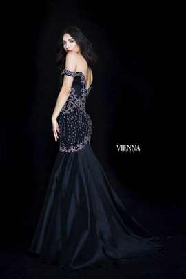 Style 82002 Vienna Black Size 0 Backless Tall Height Mermaid Dress on Queenly