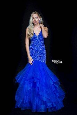 Style 82006 Vienna Blue Size 2 Plunge Mermaid Dress on Queenly