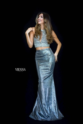 Queenly size 6 Vienna Silver Mermaid evening gown/formal dress