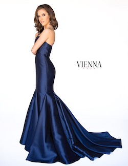 Style 8252 Vienna Blue Size 10 Sweetheart Train Strapless Mermaid Dress on Queenly