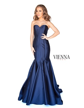 Style 8252 Vienna Blue Size 18 Navy Mermaid Dress on Queenly