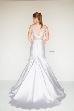 Style 8280 Vienna Silver Size 0 Backless Tall Height Mermaid Dress on Queenly