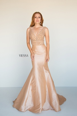 Style 8288 Vienna Nude Size 8 Backless Tall Height Mermaid Dress on Queenly