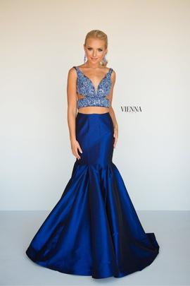 Style 8292 Vienna Blue Size 4 Tall Height Mermaid Dress on Queenly