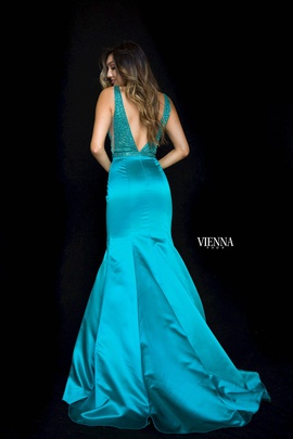 Style 8295 Vienna Green Size 10 Backless Tall Height Mermaid Dress on Queenly