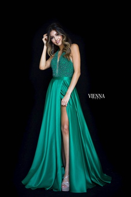 Style 8308 Vienna Green Size 00 Plunge Side slit Dress on Queenly