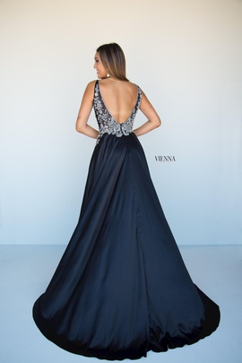 Style 9937 Vienna Black Size 0 Backless Lace A-line Dress on Queenly
