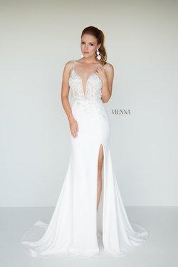 Queenly size 8 Vienna White Side slit evening gown/formal dress