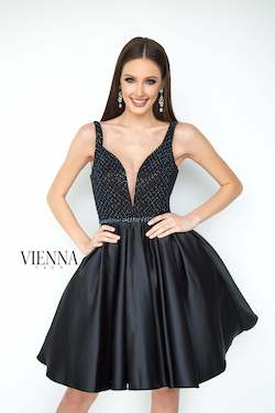 Style 6096 Vienna Black Size 4 Flare Plunge Cocktail Dress on Queenly
