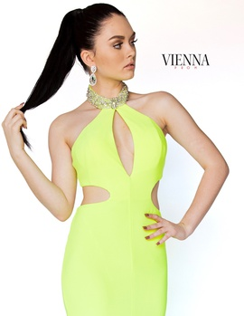 Style 8402 Vienna Green Size 10 Train Tall Height Side slit Dress on Queenly